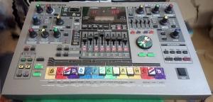 Продам Roland MC-505 Грувбокс, Синтезатор, Драм-машина
