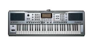 Roland E-200
