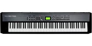 Роланд РД-700