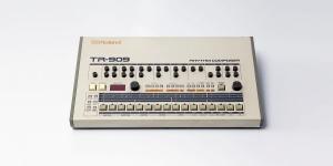 Роланд ТР-909